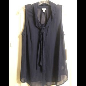 a New Day sheer Top Size L